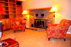 Lower-level Sitting Room